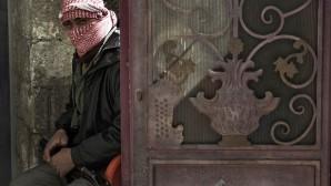 Suriyeli Muhalifler Ermeni Kilisesine saldırdı