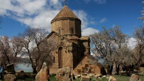 Ahtamar'ın şapelleri de restore edilecek
