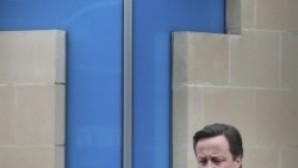 İngiltere Başbakanı 'Hristiyan bir ülkeyiz' deyince tepki gördü
