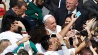 Kutsal ayin sonrası selfie fırtınası