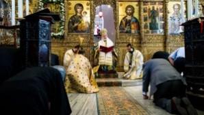 Büyükada'da 'Tanrının Evleri' sergisi açıldı