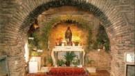 İzmir Selçuk'taki Meryem Ana Evi'nde dört dilde ayin