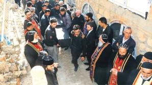 Süryani rahip Yakup Kurt Diyarbakır'da vefat etti