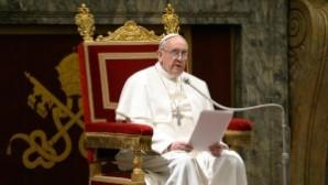 """Papa'dan Katolik Kilisesi'ne sert eleştiri: """"Kilisenin 15 hastalığı var"""""""