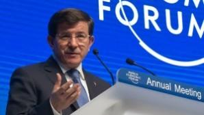 """Başbakan Davutoğlu, Davos'ta konuştu: """"İstanbul'da kilisenin inşa eilmesi konusunda adım atmaktayız"""""""