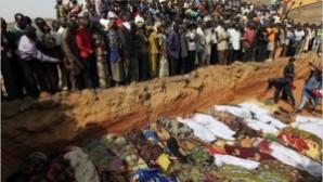 Nijerya'da Boko Haram 10 bin kişinin yaşadığı Baga kentini tamamen yaktı