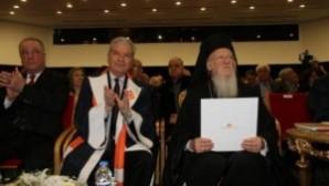 "İEÜ'den Patrik Bartholomeos'a ""onursal doktor"" unvanı"