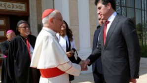 """IKBY Başbakanı Neçirvan Barzani ile görüşen Papa: """"Kürt bölgesindeki birlikte yaşam kültürü her türlü övgüyü hak ediyor"""""""