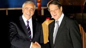 Kıbrıs müzakerelerinde 'esasa' geçildi