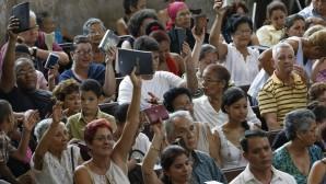 Kübalı Hristiyanlar Kilise Saldırılarını Protesto Etti