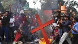 Terör Örgütü IŞİD 12 Hristiyan'ı Vahşice Öldürdü