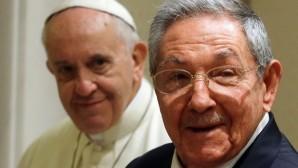 Papa, Küba'daki kiliseleri özgürlük için teşvik etti