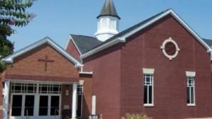 Üç Yıl Boyunca Kilisenin Tavanında Yaşadı