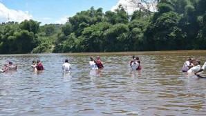 Madagaskar'da 610 Kişi Vaftiz Oldu