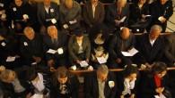Hristiyan Kitapları Dağıttıkları için Tutuklandılar