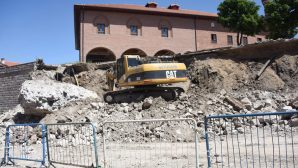 Ankara'da 2 Bin Yıllık Sur Duvarı Yok Edildi