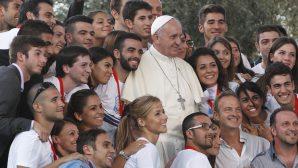 """Papa Françesko: """"Mülteciler, kültürlerarası diyalogları sağlayacak bir fırsat"""""""