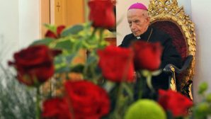 Başepiskopos Ohannes Çolakyan'a veda töreni yapıldı