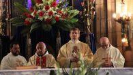 Sen Antuan Kilisesi'nde Yeni Başrahip İçin Özel Ayin Yapıldı