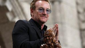 İrlandalı Ünlü Şarkıcı Bono, Kutsal Kitap Sevgisini Anlatıyor