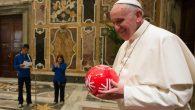 Papa Françesko : Spor çok değerli bir insan etkinliğidir