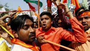 Radikal Hindular Kiliseye Zarar Verdi