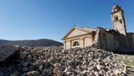 İtalya'daki Depremlerde Hasar Gören Kiliseler Onarılıyor
