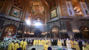Rus Ortodoks Kilisesi Noel'i Kutladı