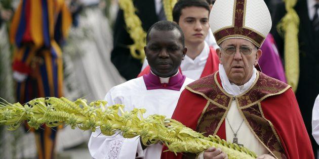 Papa Françesko, Mısır'daki Saldırıları Kınadı