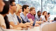 Üniversite Mezunları Daha Fazla Kiliseye Gidiyor