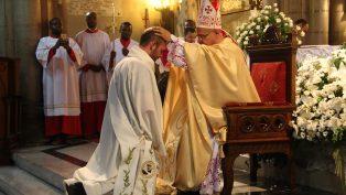 Andrew Hochstedler'ın Pederlik Kutsaması Töreni Yapıldı!