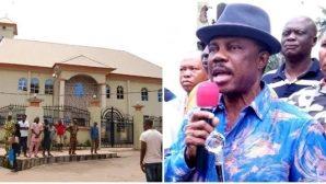 Nijerya'da Kiliseye Kanlı Baskın
