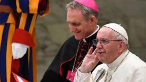 """Papa Françesko: """"Vaftiz Olduğunuz Günü Hatırlayın"""""""