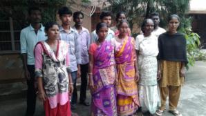 Hindistan: Çeteler, Hristiyanları Köylerinden Sürgün Etti