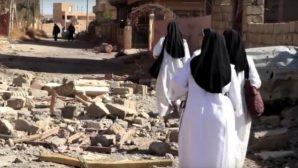 Rahibeler IŞİD'den Kurtarılan Manastırlarına Geri Dönüyor