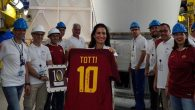 İtalyan Futbol Efsanesi Françesko Totti'nin Forması Artık Uzayda!