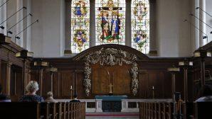 Yeni Anket sonucu: İngiltere'de Kiliseye Katılım ve İbadet Azaldı