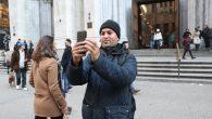 Papa Françesko'dan 'Ayin Sırasında Sohbet ve Selfie Çekme' Yasağı!