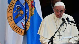 """Papa Françesko, Cinsel İstismar Kurbanlarıyla """"Düzenli Olarak"""" Görüştüğünü Söyledi"""
