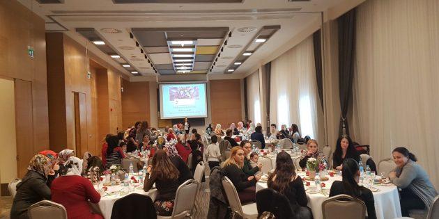 Diyarbakır Kilisesi Kadınları 8 Mart'ı Kutladı