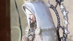Meryem Ana Heykelinden Akan Kanlı Göz Yaşları Büyük Şok Yarattı