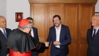 İtalya İçişleri Bakanı, Papa Françesko'ya Muhalif Kardinalle Görüştü