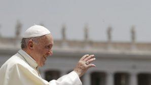 """Papa: """"Savaş ve Açlık 'Kültürel Sömürgeciliğin' Zulüm Türlerinden"""""""