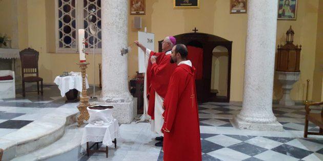 İskenderun Müjdeleme Katolik Kilisesinde 'Kutsal Haç' Bayramı