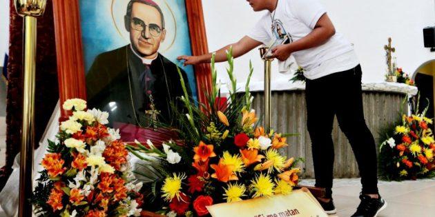 Yoksulluğa Karşı Mücadelenin Simge İsmi Oscar Romero Aziz İlan Edildi