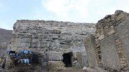 Bitlis'de Yer Alan Tarihi Ermeni Kilisesi, Samanlık Olarak Kullanılıyor