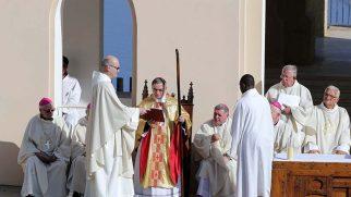 Cezayir İç Savaşı'nda Şehit Olan 19 Rahip ve Rahibe Kutsandı