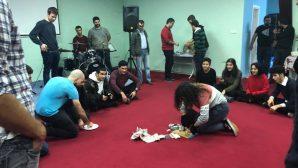 Gençler, Noel İçin Bir Araya Geldi