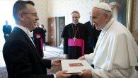 Büyükelçi Göktaş Papa Françesko'ya Güven Mektubunu Sundu