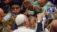 Papa Çingenelerden Özür Diledi